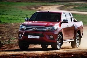 Toyota Hilux 2017 : toyota 2017 toyota hilux diesel trd has returned 2017 toyota hilux diesel price and specs in ~ Medecine-chirurgie-esthetiques.com Avis de Voitures