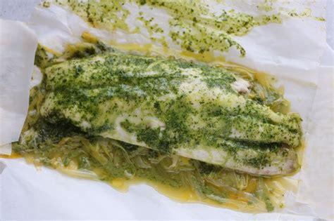 id馥 cuisine facile cuisine facile com papillotes de filets de bar à la crème de coriandre