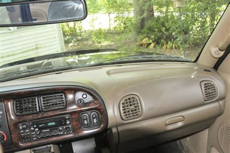 sell   dodge ram  sport extended cab pickup