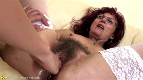 Deep Fisting For Sexy Mature Mom S Hairy Pussy HD Porn C