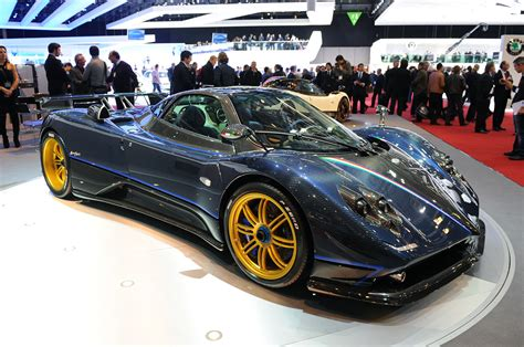Pagani Zonda Tricolore Photo Gallery