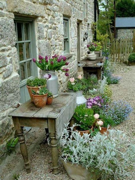 simple rustic garden beauty porches garden spaces