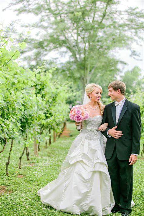elegant pink  peach southern wedding   detail
