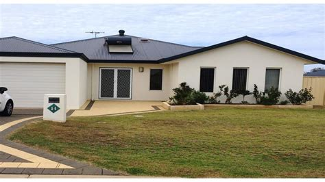 three bedroom houses house for rent 14 portside road drummond cove 6532 wa