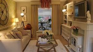 Brown Wallpaper Ideas For Living Room