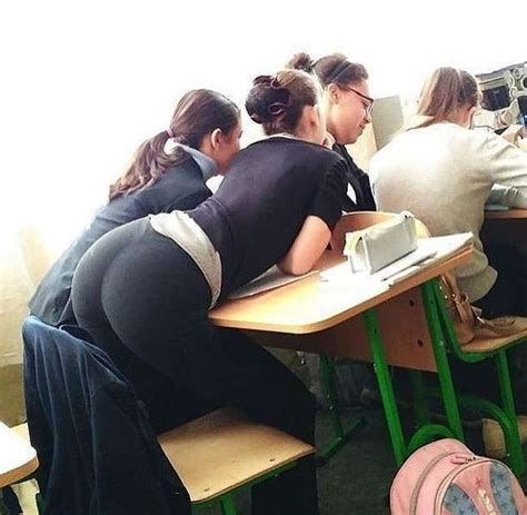 nice ass in the classroom sexy candid girls with juicy asses