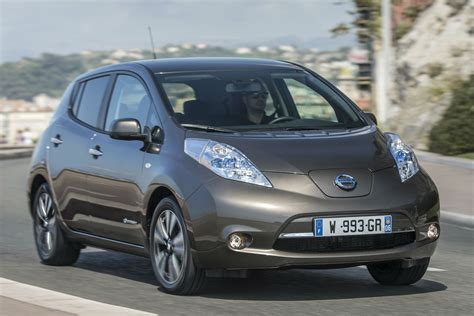 nissan leaf kwh review   drive motoring research