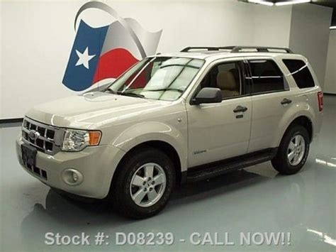 find   ford escape xlt  sunroof leather roof