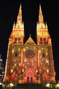 Sydney - City and Suburbs: St Mary's Cathedral, Vivid ...