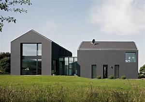 Moderne Häuser Mit Satteldach : einfamilienhaus mit einliegerwohnung in lauf haus ~ Lizthompson.info Haus und Dekorationen