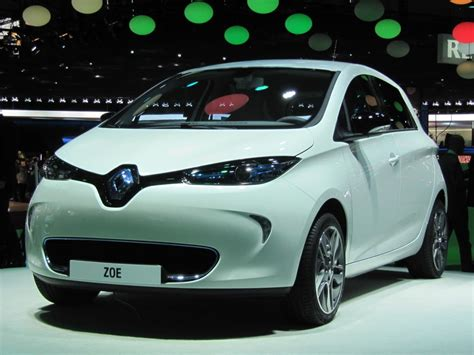 Electric Car by 2013 Renault Zoe Electric Car Auto Show Live Photos