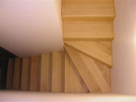 rivestimento in legno per scale rivestimenti per scale in muratura le scale della corte