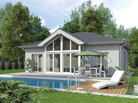 fertighaus holzhaus bungalow fertighaus bungalow family vii vario haus fertigteilh 228 user