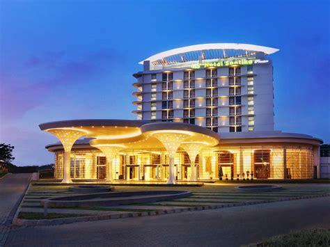 price  hotel santika premiere kota harapan indah