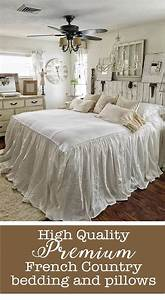 Tagesdecke Shabby Chic : love this french country shabby chic look beautiful romantic bedspread either in my guest ~ Eleganceandgraceweddings.com Haus und Dekorationen