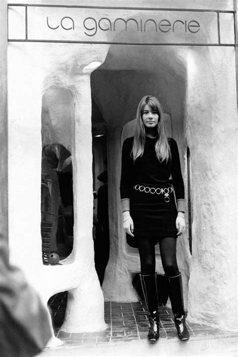 When i stumbled across a photo of françoise hardy on pinterest, i developed a serious style crush. Francoise Hardy's Style - Francoise Hardy's Best Style Moments