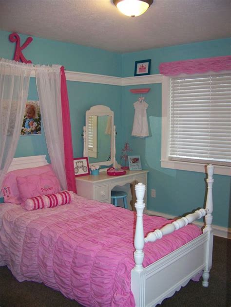 turquoise and pink princess room bedroom