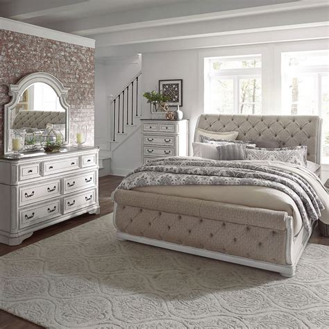 Bedroom Set by Magnolia Manor Upholstered Sleigh Bedroom Set Liberty