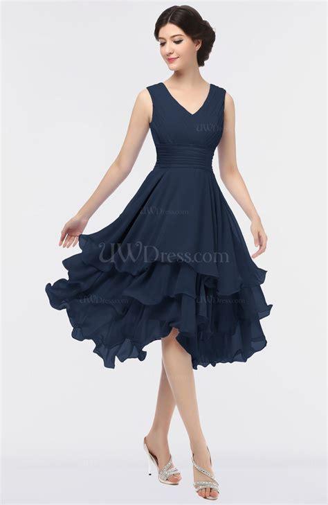 Navy Blue Elegant V-neck Zip up Knee Length Ruching Graduation Dresses - UWDress.com