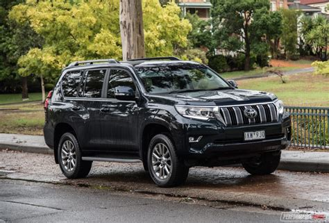 toyota landcruiser prado review gx kakadu video