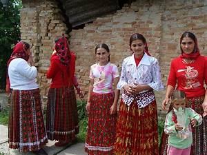 Top 25+ best Romanichal gypsy ideas on Pinterest | Women ...