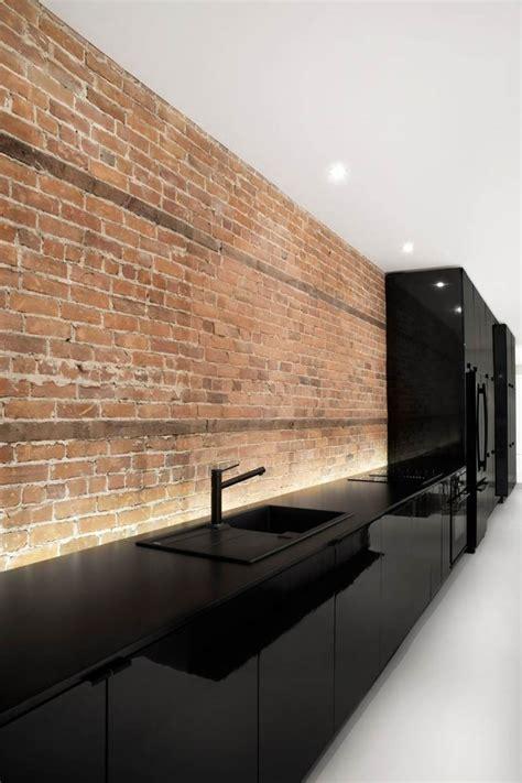 cuisine parement design interieur cuisine laquée minimaliste briques