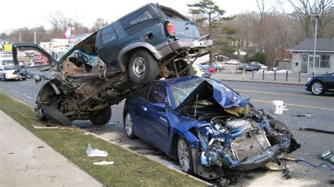 Top 5 Worst Car Crashes Caught On Live Camera