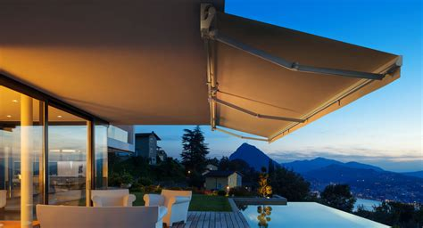 retractable awnings  canopies manual  motorized canada wide delivery
