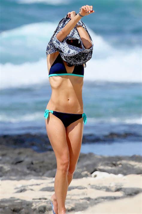 jordana brewster swimsuit jordana brewster in a bikini at a beach in hawaii august