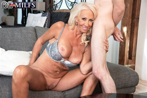 Hot Blonde Mature Mom Gets On Her Knees Topless To