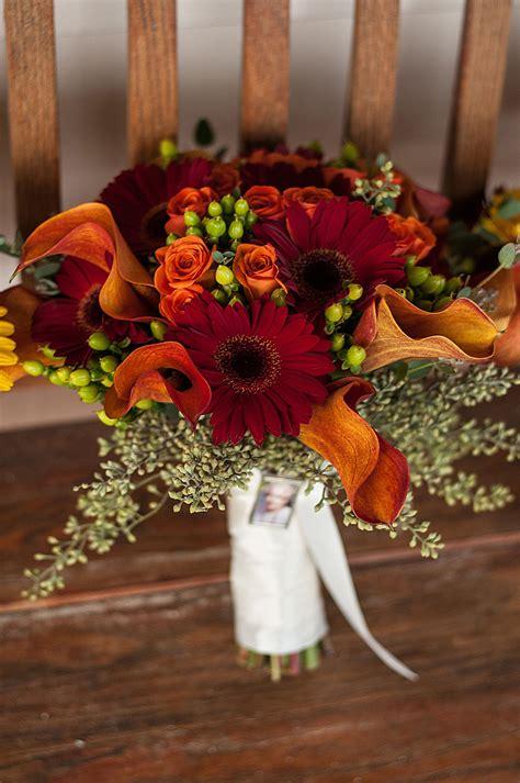 burnt orange  red bridal bouquet