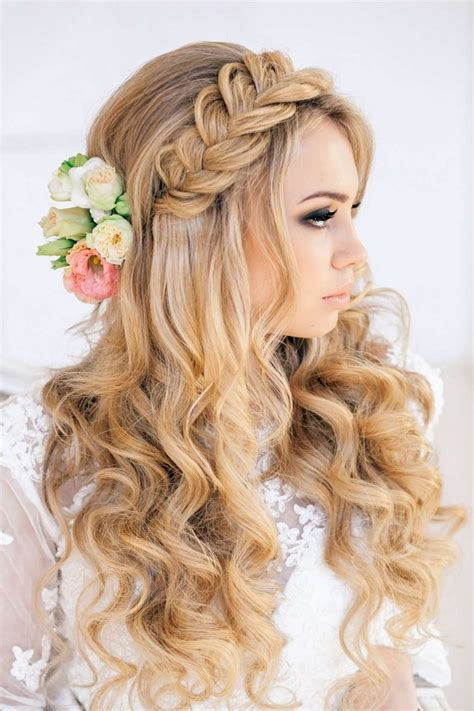 55 idu00e9es romantiques de coiffure mariage cheveux longs