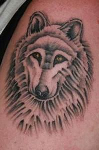 Loup Tatouage Signification : 108 photos de tatouages de loups ~ Dallasstarsshop.com Idées de Décoration