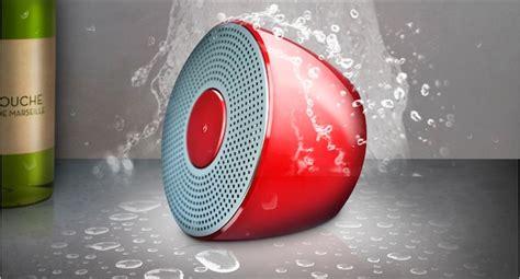 radio de salle de bain design test de l enceinte novodio shower bluetooth speaker igeneration