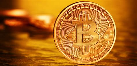 bitcoin price overtakes gold price    time