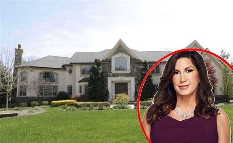 rhonj jacqueline laurita lists home for 2 3 million after bank starts foreclosure
