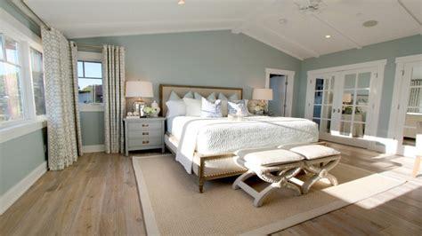 light green master bedroom