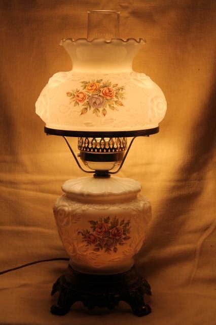 vintage fenton glass l w roses lshade lighted base