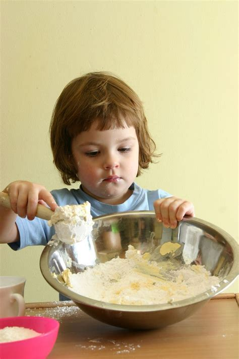 Toddler to Preschool Activities   Creating Cooking Lesson