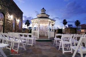 Las vegas wedding packages wedding planner las vegas for Best wedding chapels in vegas