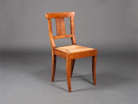 chaises paillées 12 chaises paillées en noyer soubrier louer sièges