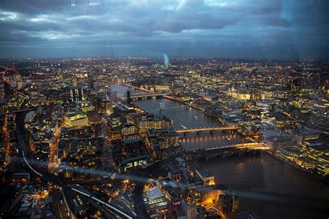 The Breathtaking View from Level 72 at The Shard in London ...