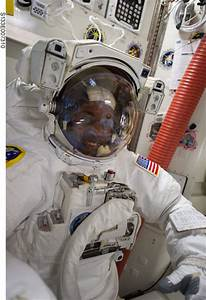 NASA's First Black Astronaut (page 3) - Pics about space