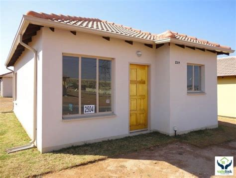 Cheapest For Sale by House For Sale In Clayville Ext 45 Midrand Gauteng For R