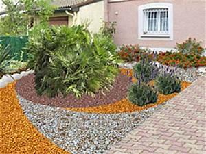 Amenager Un Petit Jardin Sans Pelouse : un jardin sans gazon c 39 est possible ~ Melissatoandfro.com Idées de Décoration