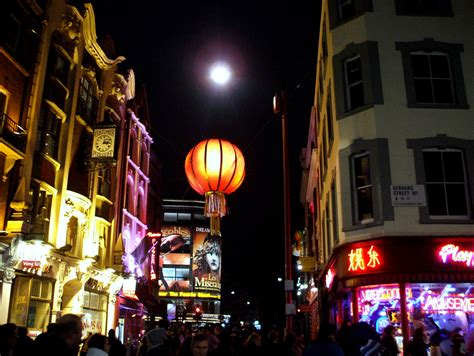chinatown quartier de londres chinatown monuments et attractions go londres