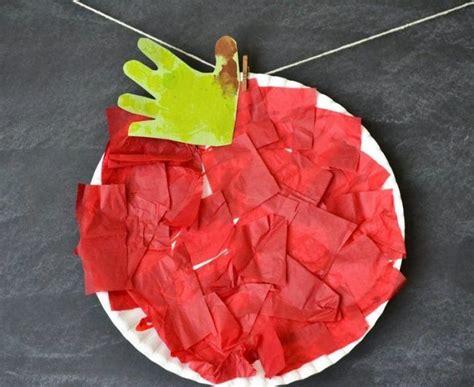 basteln mit kindern unter 3 jahren herbst roter apfel