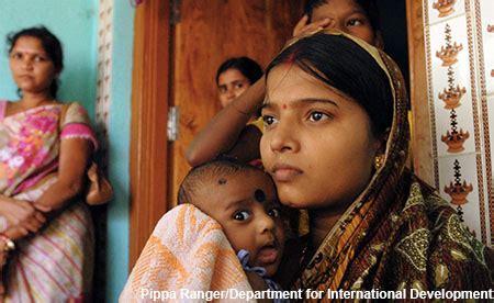 Biaya Aborsi Dokter Dokter Gratiskan Biaya Persalinan Anak Perempuan Agar Bayi