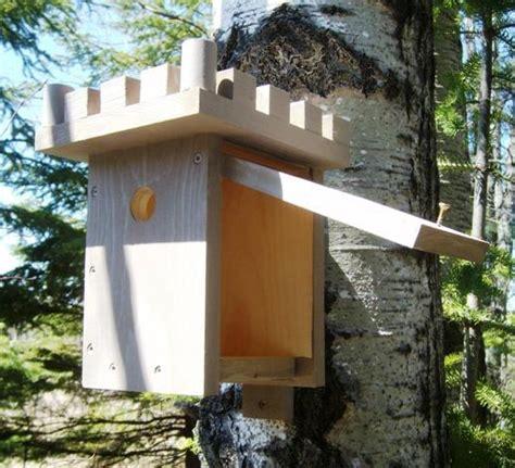 simple birdhouse plans   build  simple birdhouse