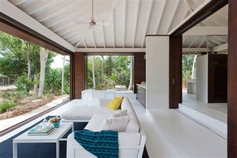 tropical beach house north queensland  architect